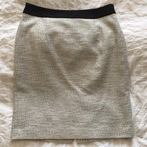 Banana Republic pencil skirt, size 6